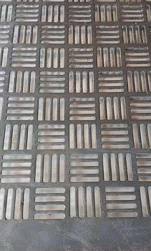 Chapa perfurada para piso
