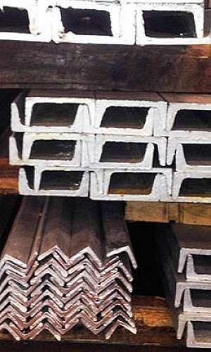Perfis de ferro galvanizados