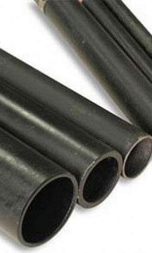 Tubo aço preto com costura