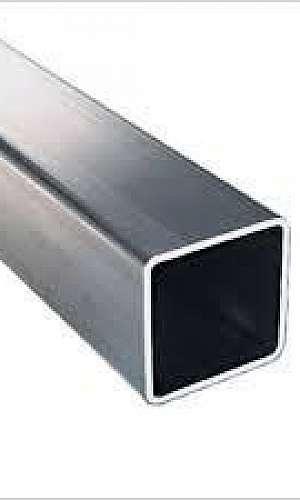 Tubo quadrado de ferro